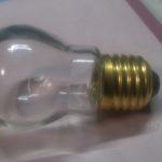 セリアの百円電球の素