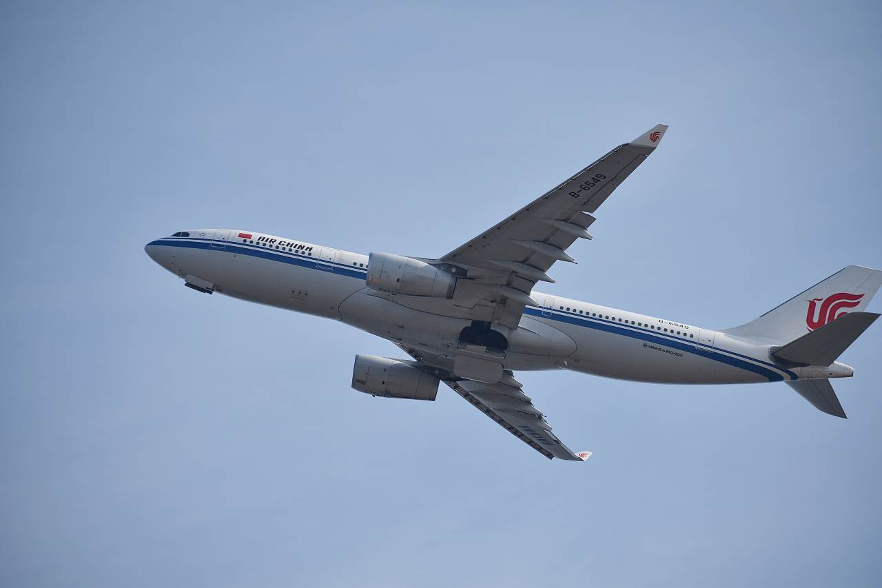 中国国際航空 B-6549