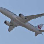 日本航空 JA835J