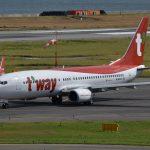 ティーウェイ航空 HL8323